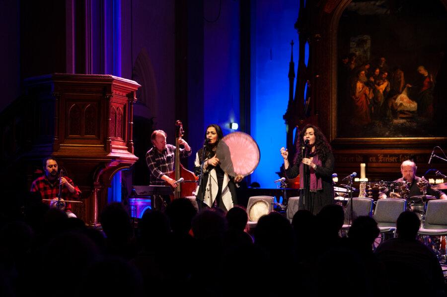 Mahsa and Marjan Vahdat, concert in Oslo, 2015, phot. Magdalena Mądra